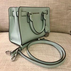 Michael kors bag with crossbody strap